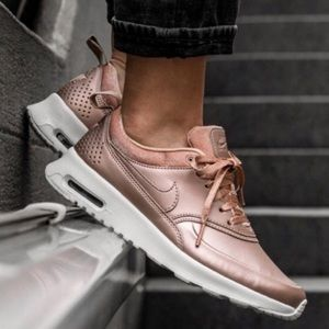 ***SOLD***Nike Air Max Thea Rose Gold Sneaker 8.5